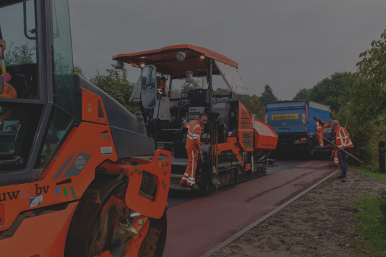 Nieuwe asfalteermachine